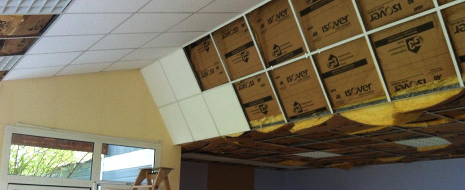 Pose d un faux plafond saint nazaire pornichet artisan for Pose fibre de verre plafond video